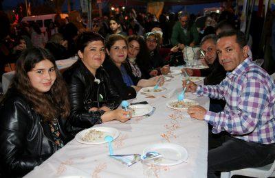 (Turkish) ALTSO'DAN PİLAV-KAVURMA İKRAMI