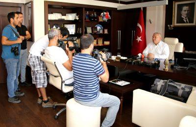 """(Turkish) BAŞKAN ŞAHİN: """"BAYRAM ALIŞVERİŞLERİMİZİ ALANYA'MIZDA YAPALIM"""""""