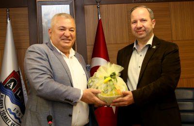 (Turkish) ÜRDÜNLÜ İŞ ADAMLARINDAN BAŞKAN ŞAHİN'E ZİYARET