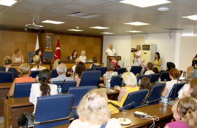(Turkish) GİRİŞİMCİ KADINLARA ALTSO'DAN ÖDÜL