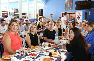 (Turkish) BAŞKAN ŞAHİN, KADIN VE GENÇ GİRİŞİMCİLERLE BULUŞTU