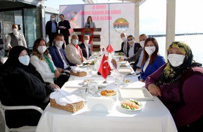 (Turkish) ŞAHİN'DEN KADINLAR GÜNÜNE ÖZEL ETKİNLİK