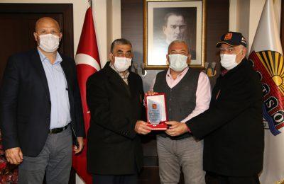 (Turkish) MUHARİP GAZİLER DERNEĞİ'NDEN BAŞKAN ŞAHİN'E TEŞEKKÜR PLAKETİ