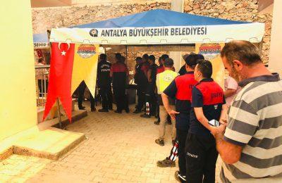 (Turkish) ŞAHİN GÜNDOĞMUŞ'DA YİYECEK VE İÇECEK STANDI AÇTI
